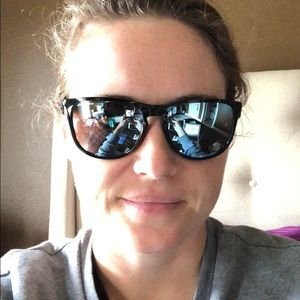61c2713da60 Oakley Accessories - Oakley Silver R Polarized Sunglasses